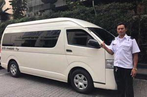 thailand-airport-transfer-van-driver